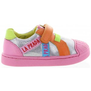 Pretty sneakers for girls by Agatha Ruiz de la Prada