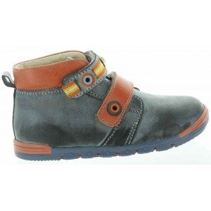Leather boots for kids with arches for walking