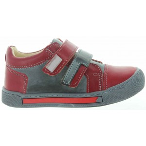 Red leather shoes for a boy with good arch