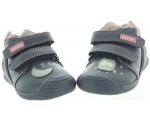 Small baby shoes in navy leather