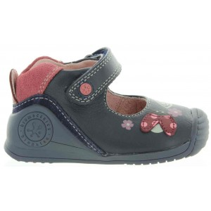 First walkers best baby shoes