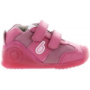 Baby girls good sneakers