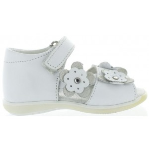 Child summer shoes from Italy