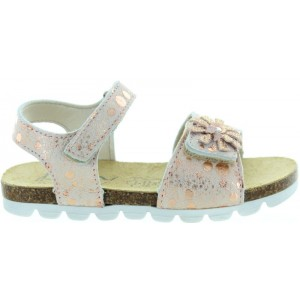 Sandals for flat feet that are special