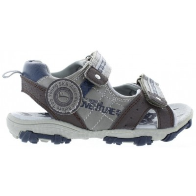 Boy for wide feet water sandals
