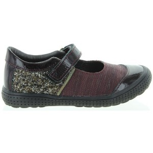 Girls shoes for Fall that are durable