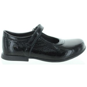 Shoes for a girl with good support quality for school