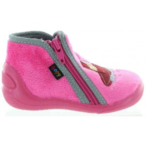 Slippers for kids made with boiled wool
