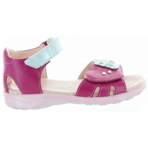 Closed heel sandals for toddler