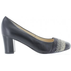 Leather comfort shoes for women in black leather