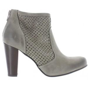 Women European boots with low heel