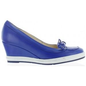 European women wedge shoes in bue leather