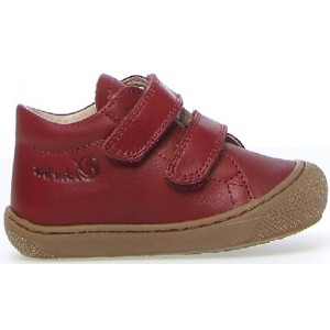 Babies with small narrow feet walking shoes