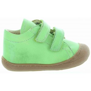 Baby shoes for walking with soft soles