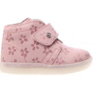 Leather boots for a toddler girls wide width