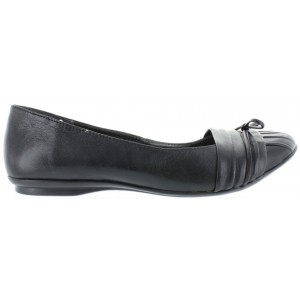 Teens or women with support wide width flats