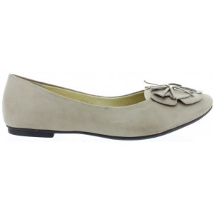 Flats for females narrow for foot