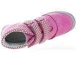 Boots for child with support and natural step