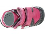 Toddler shoes for learning to walk for natural step