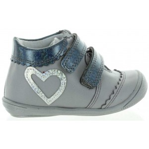 Sneakers or high tops for girls best orthopedic