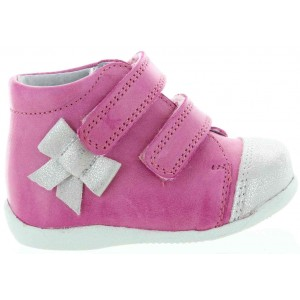 Ankle high tops for flat footed toddler