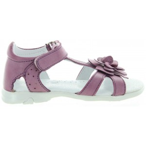 Best girls sandals with good support for narrow feet