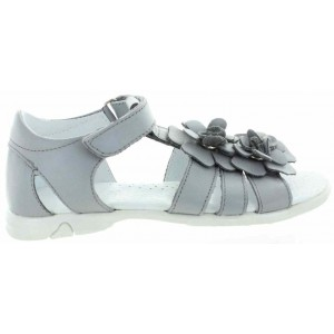 Girls sandals with high arches made with quality leather