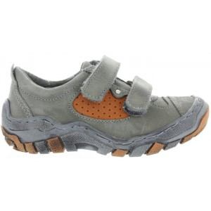 Speciality sneakers with best foot support