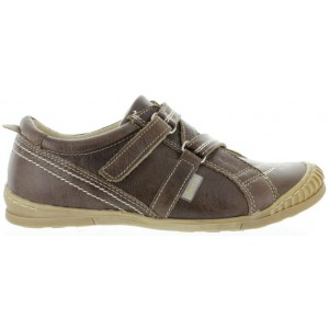 Narrow shoes for children