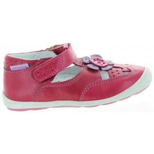 Kids shoes with support for pronation