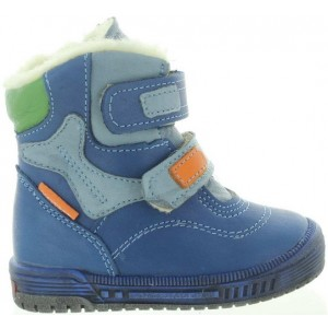 Boys snow boots with wool inside