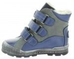 Best snow boots for a child that are pigeoned toes