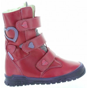 Kids with fallen arches walking high tops
