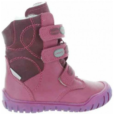Pink girls boots for winter