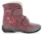 Snow boots for kids with special support