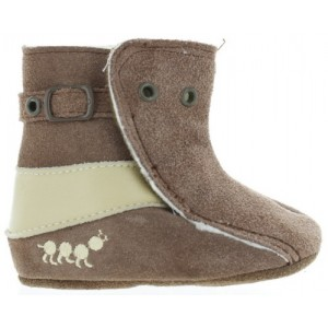 Baby snow boots that stay on kids feet