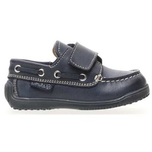 Walking shoes with good support for toddler