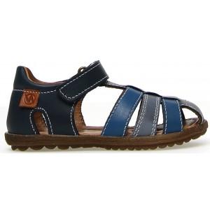 Active boy closed toe sandals