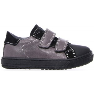 Casual gray sneakers for boys