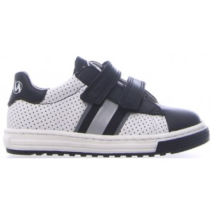 Boys sneakers for toddler