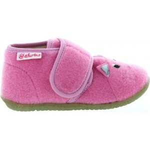 Boiled wool warm slippers for a child