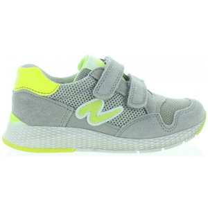 Sneakers for children with flexible soles