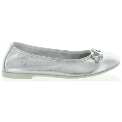 Girls with arch support best silver flats