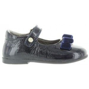 Child to correct posture best shoes