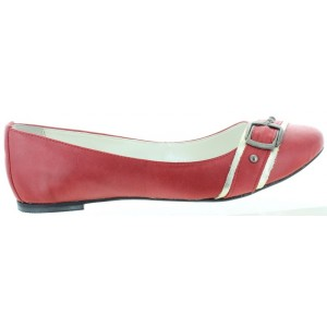 Flats from Europe for women in red