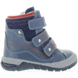 Orthopedic boots for boys in Canada for snow