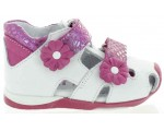 Support sandals for wide kids feet that are special