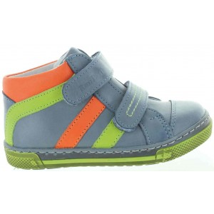 High instep kids boots for extra wide feet