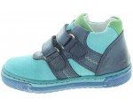 Therapeutic shoes with good arches for kids