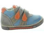Leather shoes for kids that are theraphy